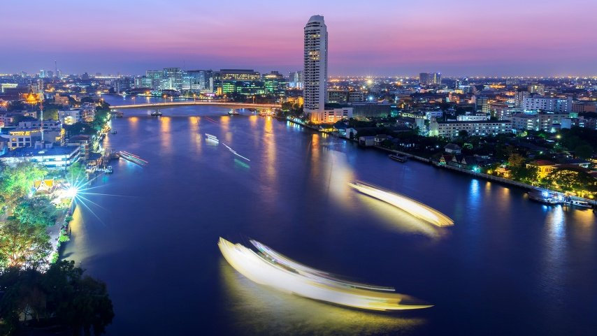 Twilight in Bangkok and Chaophraya river